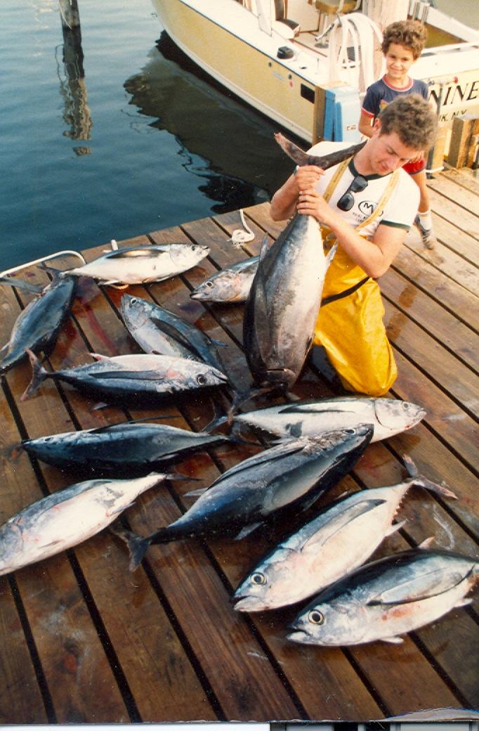 Fishing for tuna blue water sport fishing charters for Charter fishing boats long island