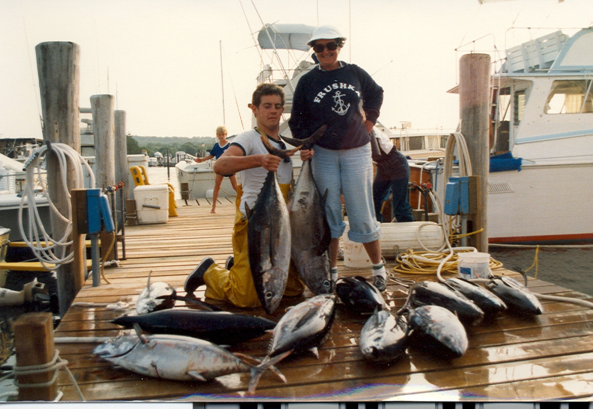 Fishing for tuna blue water sport fishing charters for New york fishing trips